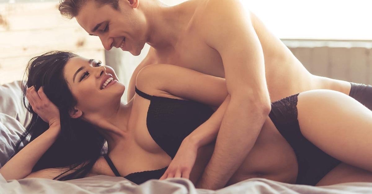 Auf diese 14 Sex-Vorlieben stehen Frauen (was sie aber nie zugeben würden)