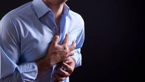Herzinfarkt: Symptome, Anzeichen, Ursachen, Folgen, wie kann man ihn erkennen?