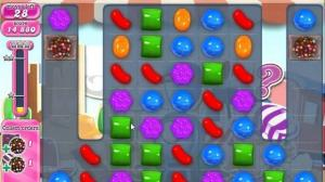 Candy Crush Level Mit Vielen Gestreiften Bonbons