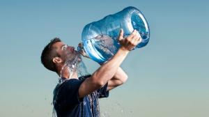 Das Verlangen, Wasser zu trinken, kann tödlich sein!