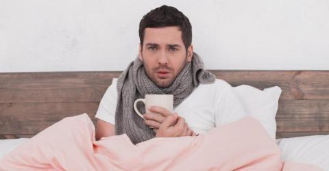 Vergiss Tee: Dieser Drink hilft wirklich gegen Erkältung!