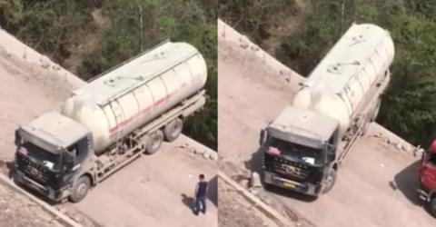 Extremes Wendemanöver: Truck wendet direkt am Abgrund