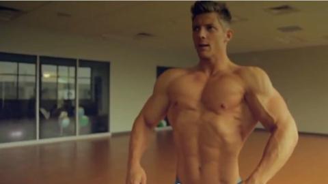 Das unmenschliche Training des Bodybuilders Steve Cook