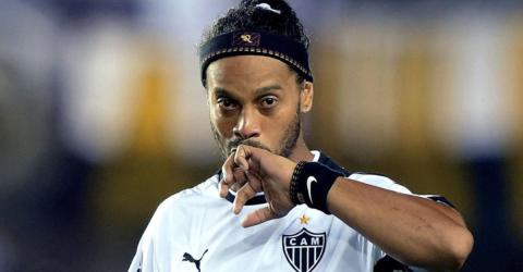 Ronaldinho: Angeblich pleite und auf der Flucht vor dem Gesetz