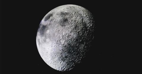 Chinesische Raumsonde schickt die ersten Fotos von der Rückseite des Mondes
