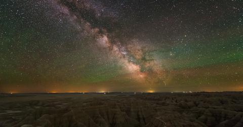 Nachthimmelsleuchten (Airglow): Mysteriöses Leuchten am Nachthimmel