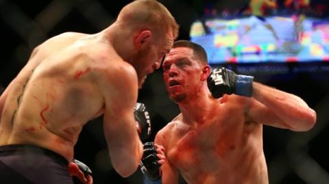 Nate Diaz macht Conor McGregor nach seiner Niederlage gegen Mayweather fertig