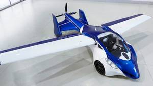 Beeindruckendes Video eines echten fliegenden Autos
