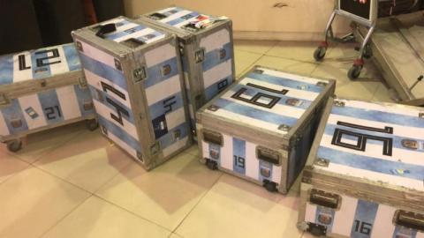 Flughafen: Zoll kontrolliert argentinische Nationalmannschaft und macht schockierenden Fund im Gepäck!