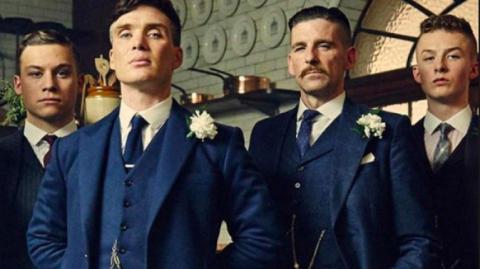 """Beliebteste Netflix-Serie """"Peaky Blinders"""" erhält überraschende Adaption!"""