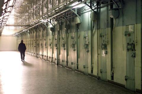 Die Gefängnisse in diesem Land müssen schließen, weil es keine Häftlinge gibt