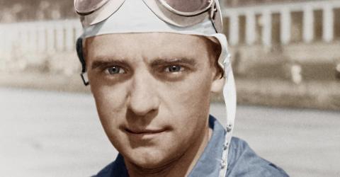 Er war der Lieblings-Rennfahrer von Adolf Hitler. Doch seine Karriere endete tragisch