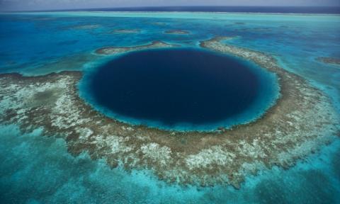 In der größten Unterwasserhöhle der Welt: Forscher sind begeistert von ihrem Fund