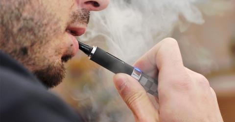 Neue E-Zigarette ist mit Smartphone verbunden und weiß alles über euch