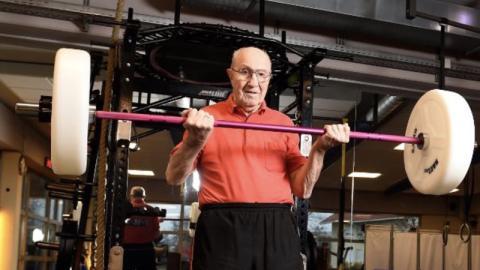 Wilhelm Brunner: Deutschlands fittester Opa geht noch mit 91 Jahren ins Fitnessstudio