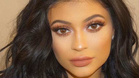 Dieses 19-jährige Model postet ein Foto von sich, das so heiß ist, dass sie es sofort löschen musste!