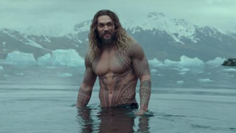 Jason Momoa zeigt, mit welchen Übungen er sich den Aquaman-Körper antrainiert hat