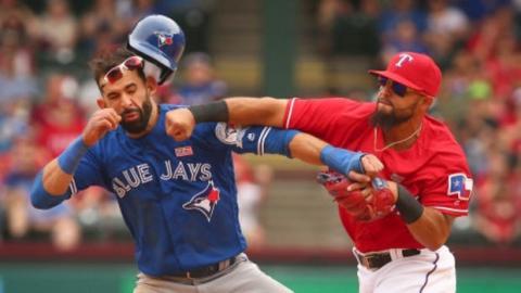 Beeindruckende Massenschlägerei bei einem Baseballspiel
