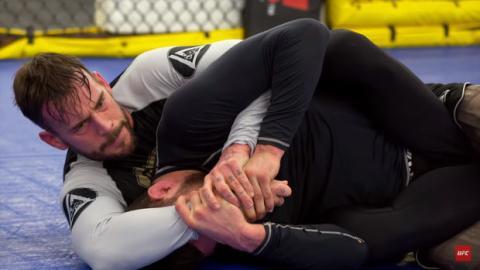 CM Punk: Diese einmaligen Bilder zeigen das verblüffende MMA-Training des ehemaligen WWE-Stars