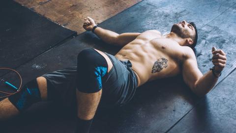 Cardio-Workout ohne viel Aufwand: Hier kommt unser Training mit einem einfachen Springseil