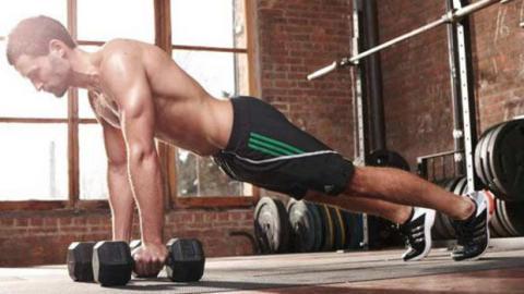 Mit diesem Training trainiert ihr alle Muskeln eures Körpers