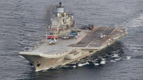 Russische Kriegsschiffe durchqueren den Ärmelkanal unter höchster Beobachtung