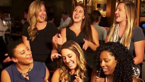 Mann datet 6 Frauen gleichzeitig: Was sie mit ihm machen, ist genial!