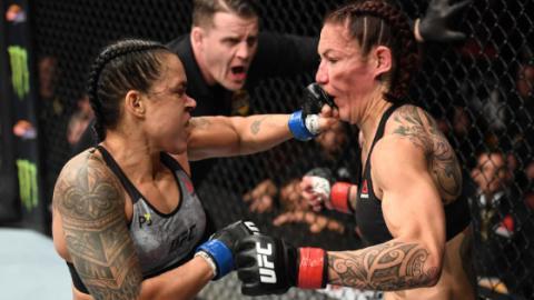 Amanda Nunes schockiert alle, als sie Cris Cyborg in einer Minute komplett zerstört