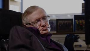 Intel und Stephen Hawking entwickeln einen interaktiven Rollstuhl, um Behinderten zu helfen
