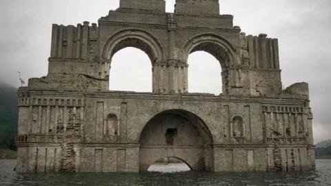 Diese verschollenen Kirchenruinen tauchen in Mexiko wieder an der Oberfläche auf