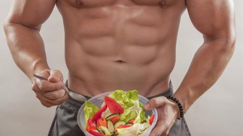 Ernährung: Wie und was sollte ich vor dem Training essen?