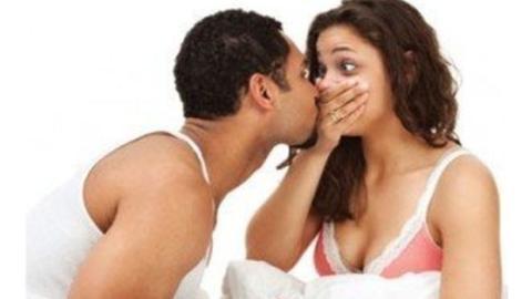 Mundgeruch: Ein genialer Trick im Bad zeigt dir an, ob du darunter leidest