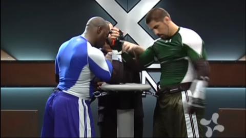 """""""Brutal Arm Wrestling"""": Die brutale Steigerung des Armdrückens"""