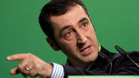 Cem Özdemir empört mit Statement im Erdogan-Skandal die deutschen Fans