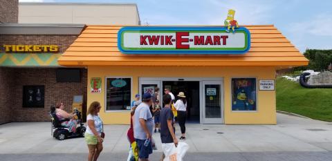 Nach Neu-Eröffnung: Amis stürmen Supermarkt der Simpsons!