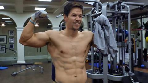 So hart trainiert Mark Wahlberg (46) für seinen perfekten Körper
