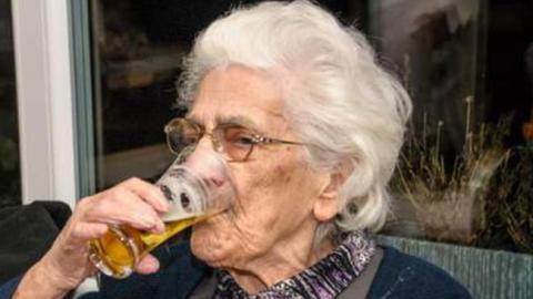 bier ist gesund sagt der arzt