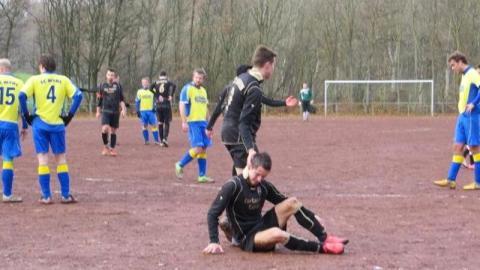 Nazi-Skandal: Fußballverein wirft sieben Spieler raus