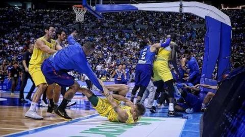 Basketball: Spiel zwischen Australien und den Philippinen endet in Massenschlägerei