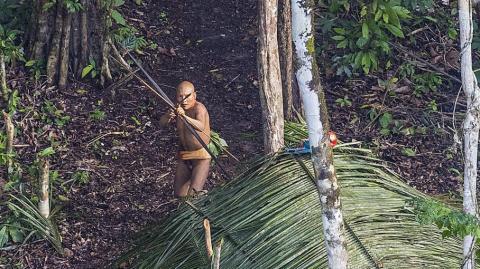 Seit 22 Jahren lebt dieser Mann mitten im Amazonas ganz allein
