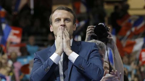 Emmanuel Macron: So viel verdient der französische Staatspräsident