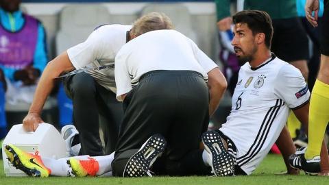 Hiobsbotschaft vor WM: DFB-Ikone fällt verletzt aus