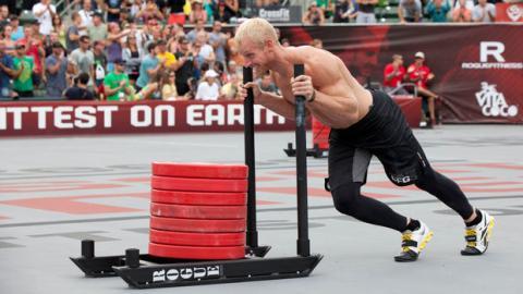 Eine beeindruckende CrossFit Herausforderung mit gewaltiger Schwierigkeit