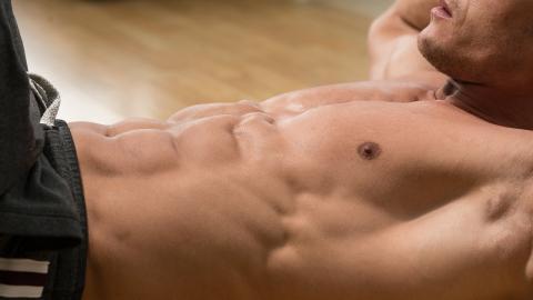 Warum es nur eine einzige Übung gibt, um die Bauchmuskeln bis in die Tiefen zu stärken