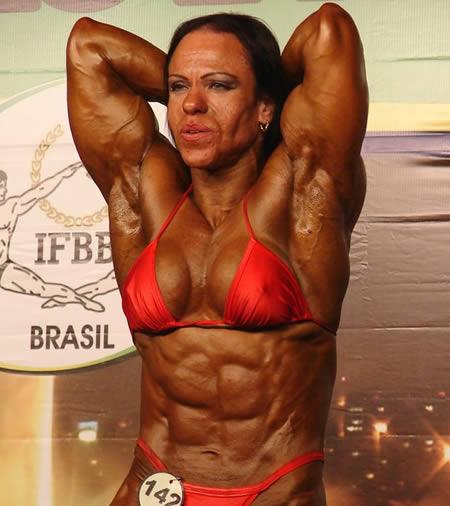 bodybuilder frau
