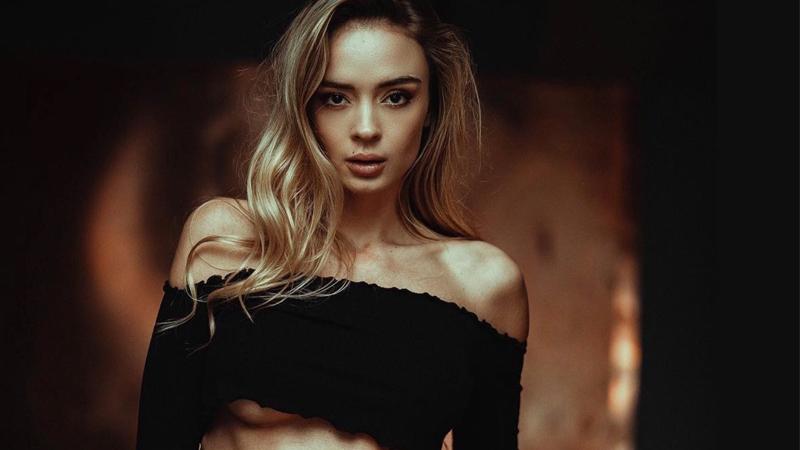 Greta Faeser  nackt