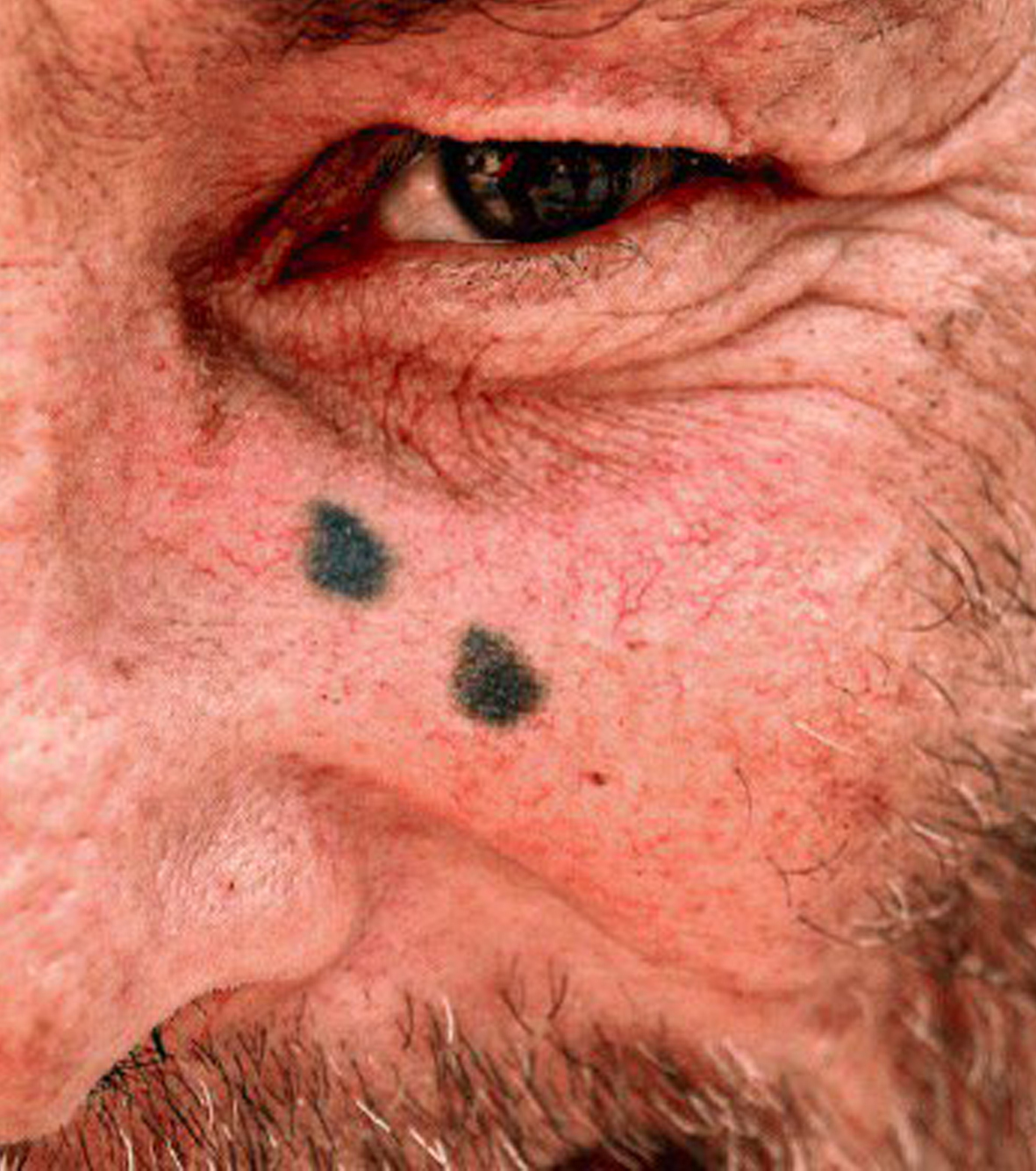 Gefängnis Tattoos 13 Motive Mit Einzigartiger Bedeutung
