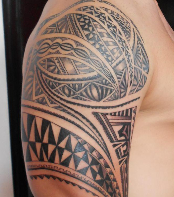 oberarm innen tattoo mann auch des tattoos knnen leiden. Black Bedroom Furniture Sets. Home Design Ideas
