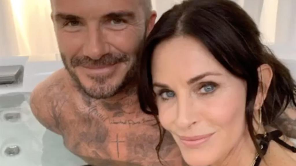Gemeinsam im Whirlpool: David Beckham verblüfft Fans mit Friends-Star Courteney Cox