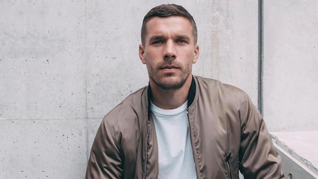 Lukas Podolski bestätigt Verhandlungen mit dem 1. FC Köln